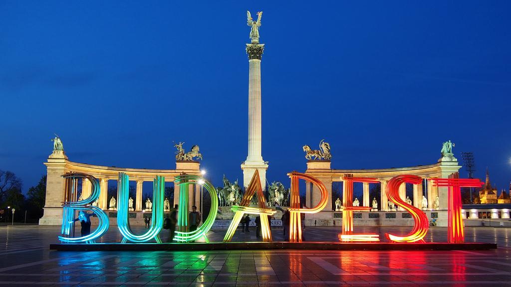 Budapešť, náměstí Hrdinů