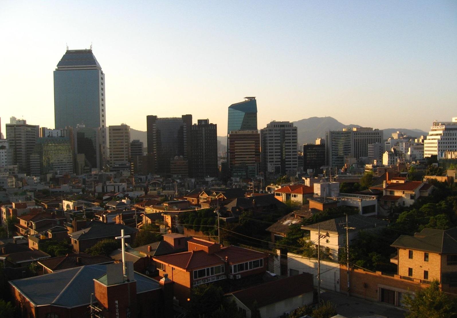 Podvečerní panorama Soulu