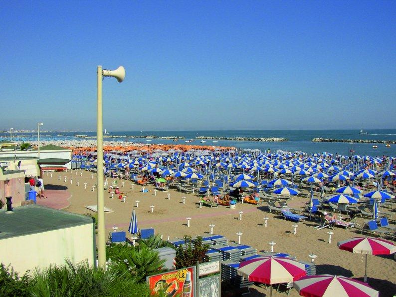 Cattolica - pláž -