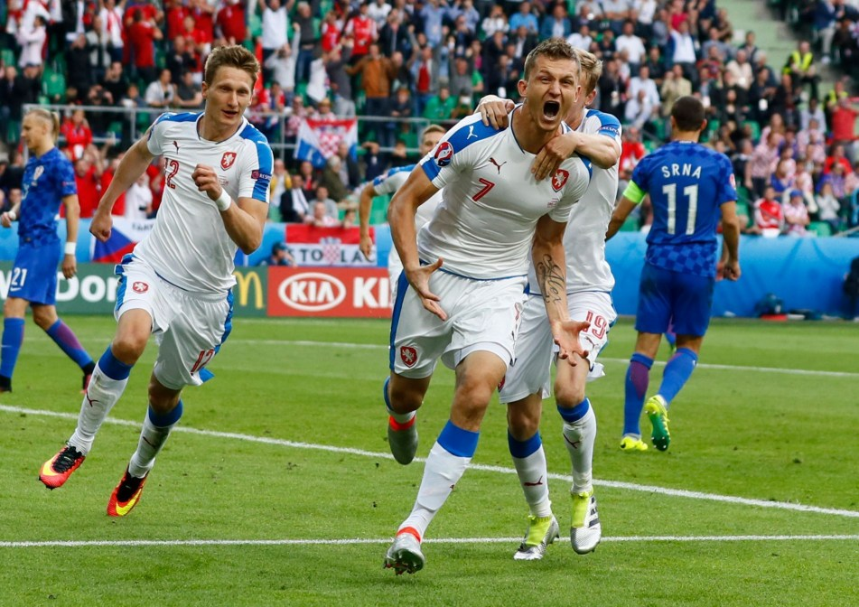 ČR - Chorvatsko, Euro 2020, letecký zájezd, odlet VIE