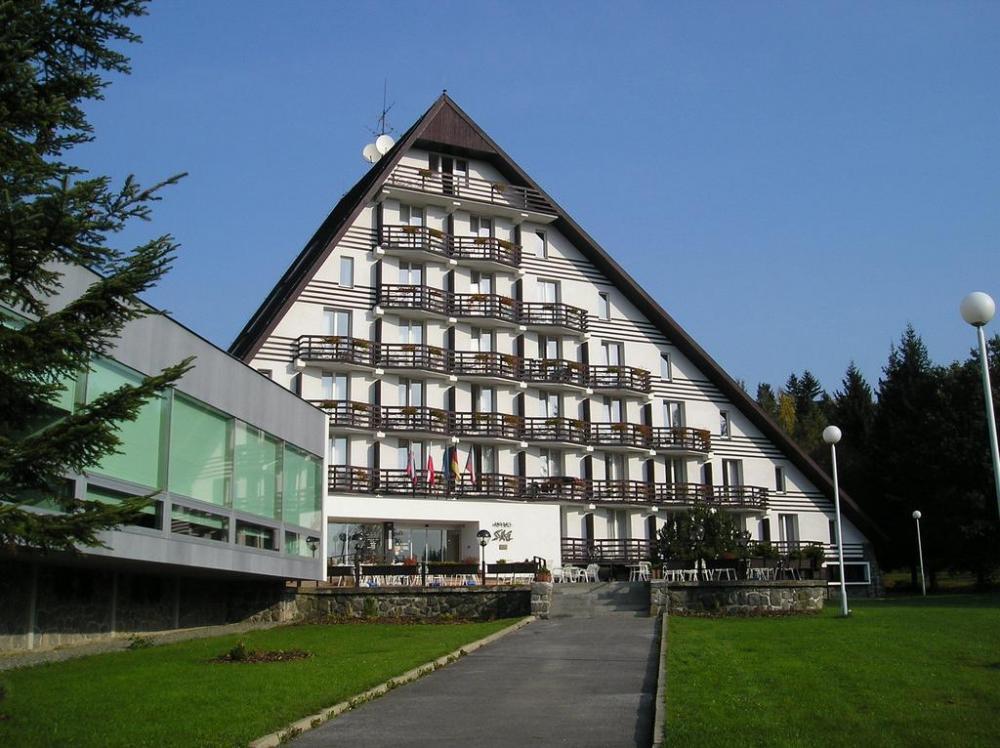 Hotel Ski, Nové město