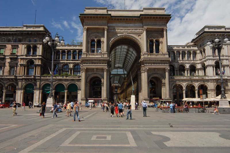 Miláno -