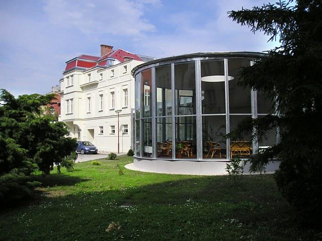 Poděbrady - Hotel Zimní Lázně