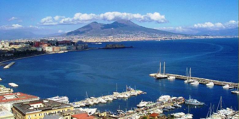 Neapol - Vesuv