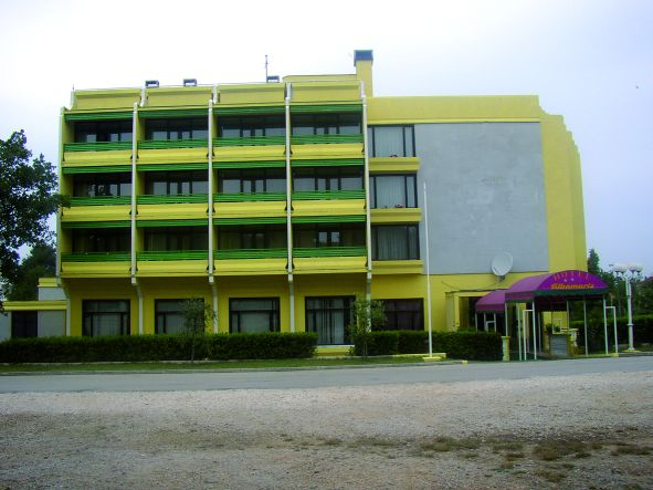 Albamaris - hotel