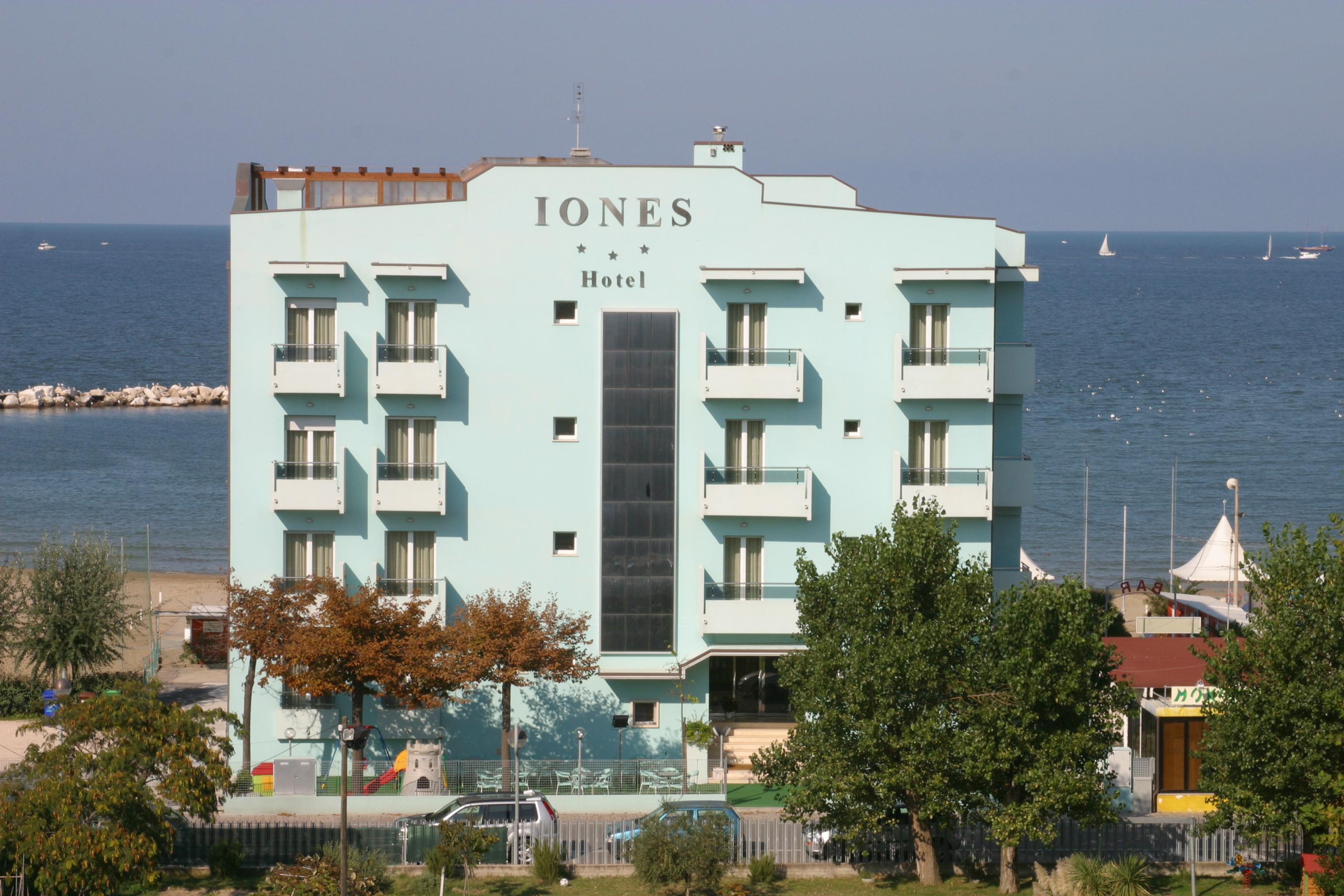 Hotel Iones -