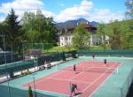 Hotel Summit, tenisový kurt u hotelu