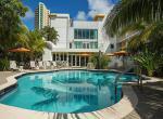 Hotel Urbano, bazén