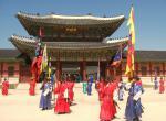 Střídáni stráží palác Kjongbokkung