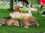 Hotel zámek Berchtold, park s miniaturami hradů