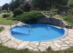 Hotel zámek Berchtold, bazének v areálu