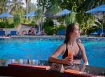 Bandos, Pool bar
