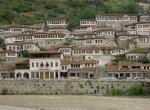 Berat - pohled na město
