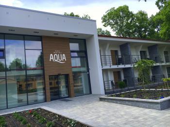Hotel Aqua, V.Meder