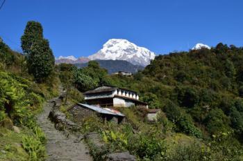 Himaláje a trek pod Annapurnou