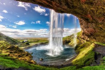 Island vodopád, Seljalandsfoss