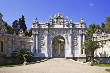 Istanbul, Dolmabahce palác