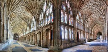 Katedrála v Gloucesteru interiér