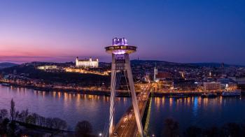 Bratislava, Vyhlídková věž UFO