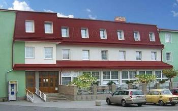 Hotel Alf, Borovany