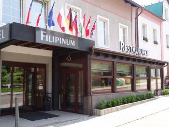 Hotel Filipinum, hotel