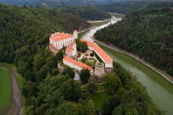 Romantický Vranov nad Dyjí a hrad Bítov