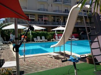 Hotel Nautilus, Bellaria, bazén