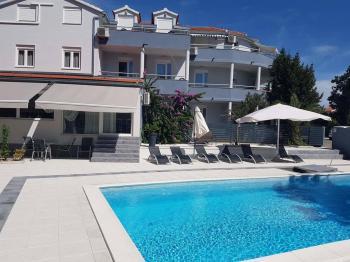 Hotel Angeli, Vodice, bazén