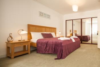 Piries Hotel 3*, Edinburgh - jeden z pokojů