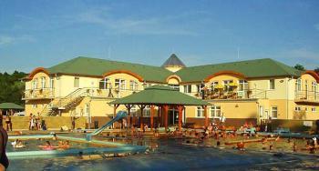 Podhajská - termální bazén -
