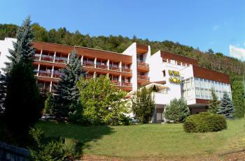 Hotel Flóra, Trenčianské Teplice